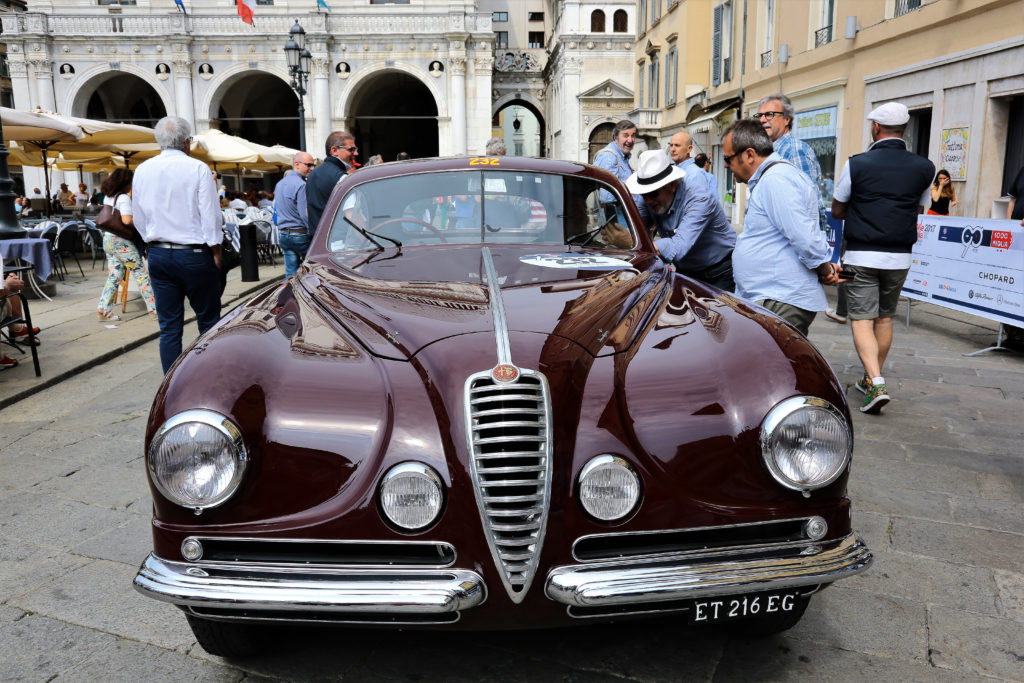 Alfa Romeo 6c 2500 villa d'este alla Mille Miglia 2017 in Piazza della Loggia Brescia