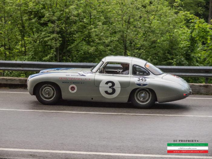 Mercedes 300 SL PROTO alla Mille Miglia.Vetture identica a quella che partecipò alla Carrera 1952