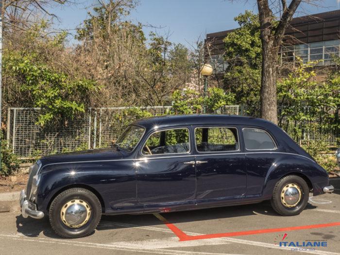 Italianedacorsa-Concorso-Salvarola-Terme-2019-LAncia-Aurelia-B15S-Limousine-BERTONE