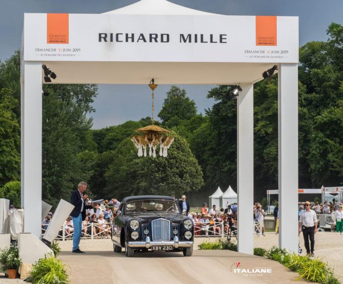 Italianedacorsa-Chantilly-Arts-&-Elegance-2019-Bentley-CRESTA