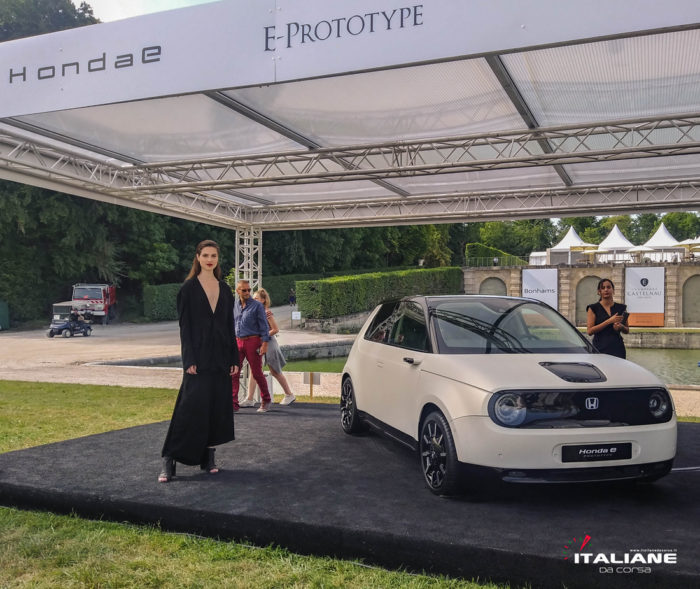 Italianedacorsa-Chantilly-Arts-&-Elegance-2019-Honda-E-Prototype-Yohji-Yamamoto