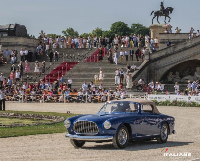 Ferrari-342-America-Vignale-categoria-çe-vetture-del-Salone-di-Parigi-fino-al-1961-
