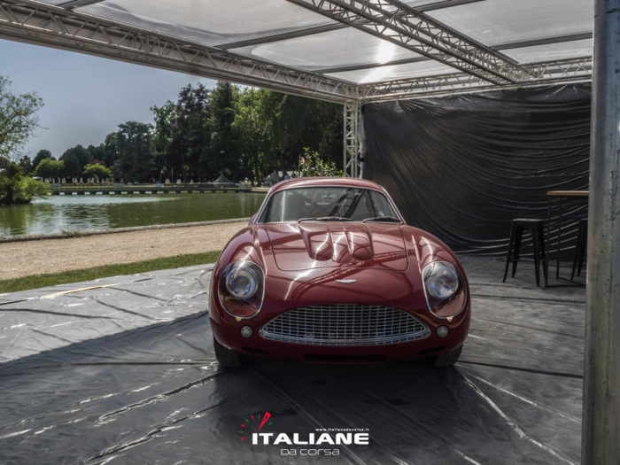 Italianedacorsa-Chantilly Arts & Elegance 2019 Aston Martin DB4 GT Zagato Continuation
