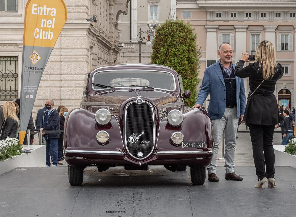 Dettagli allegato Concorso-di-Eleganza-Trieste-2021-Alfa-Romeo-2300-6C-MM-Best-Show