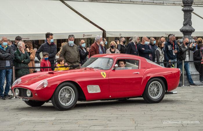 italianedacorsa-Ferrari-250-TDF