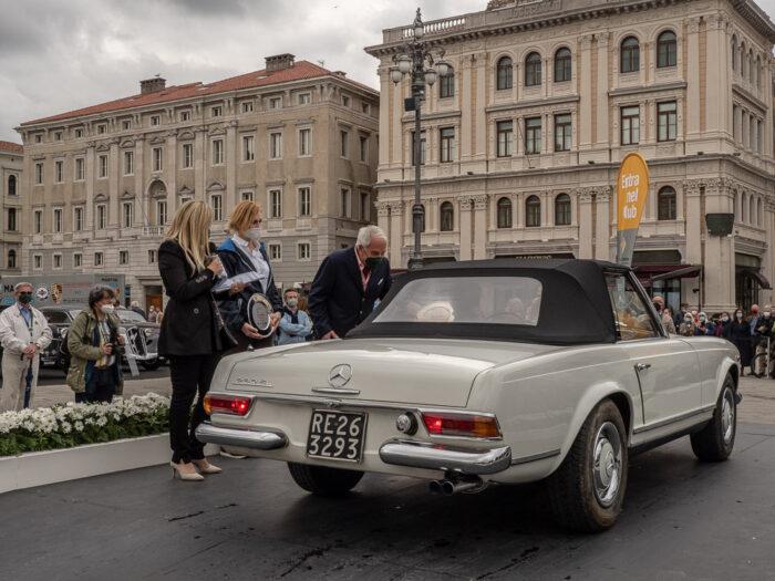 Mercedes-230-SL